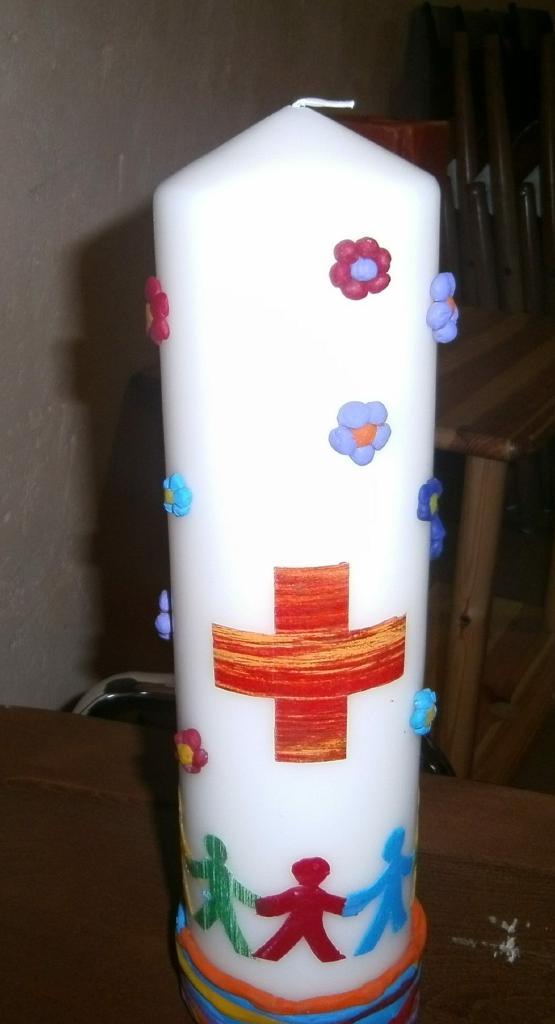 Eine neue Kerze für die Kinderwortgottesdienste