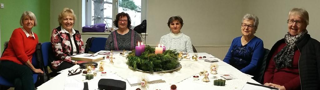 Der Gebetskreis der Pfarre Liesing wünscht Frohe Weihnachten