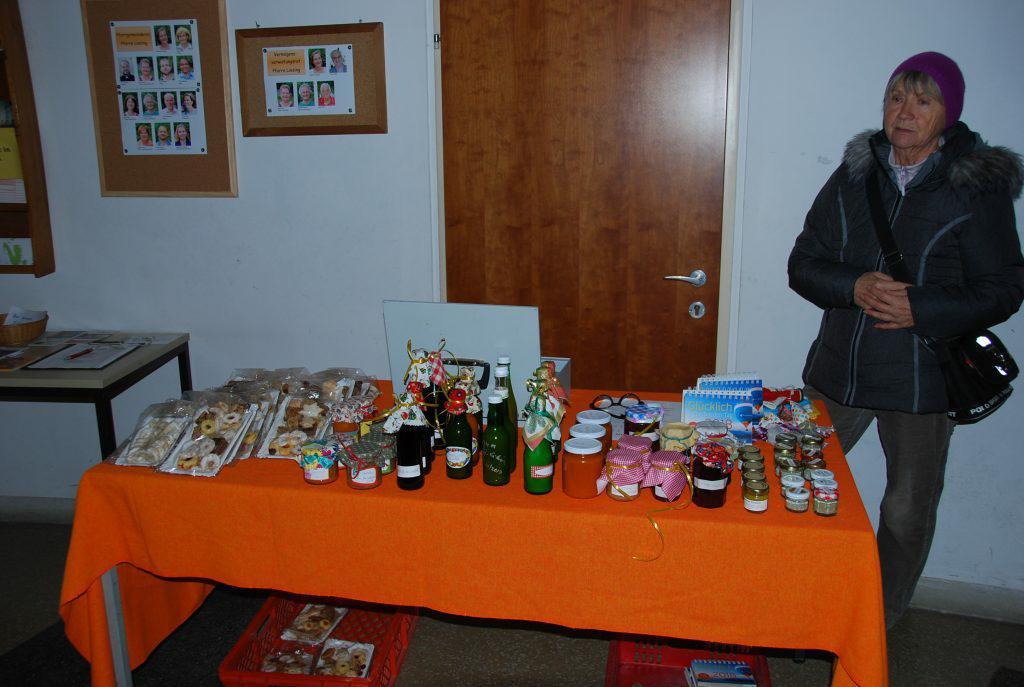 Tisch Adventmarkt