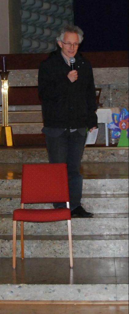 Bernhard begrüßt zur Nikolofeier