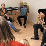 unerwartete Verstärkung: steirische Buam beim Gitarrencafe