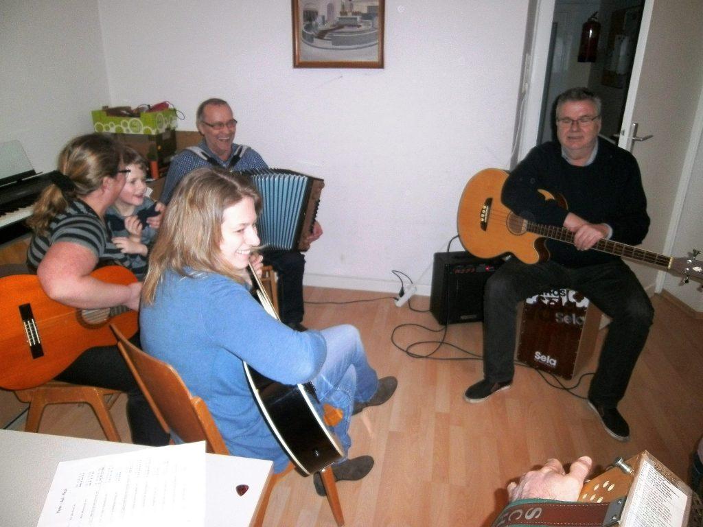 steirische Buam beim Gitarrencafe