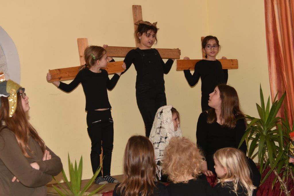 Die Ostergeschichte 2018 – Bilder von der ersten und zweiten Vorstellung – letzte Vorstellung ist am  Freitag 23. März 16.30 Uhr