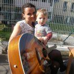 Sonniges Gitarrencafè