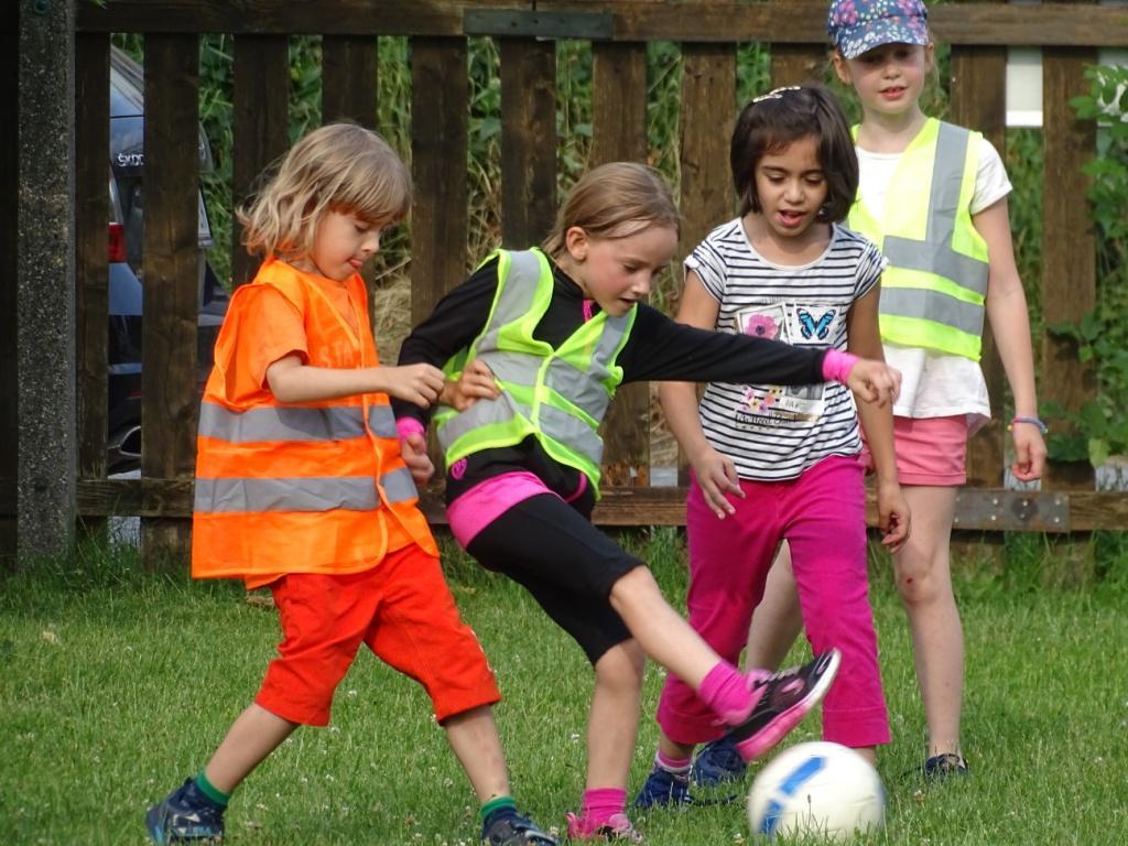 KaRoLieBe-Hobbyfußballturnier am 14. Oktober 14-17 Uhr in der Pfarre Rodaun