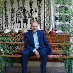 Tom Kruczynski predigt im Garten