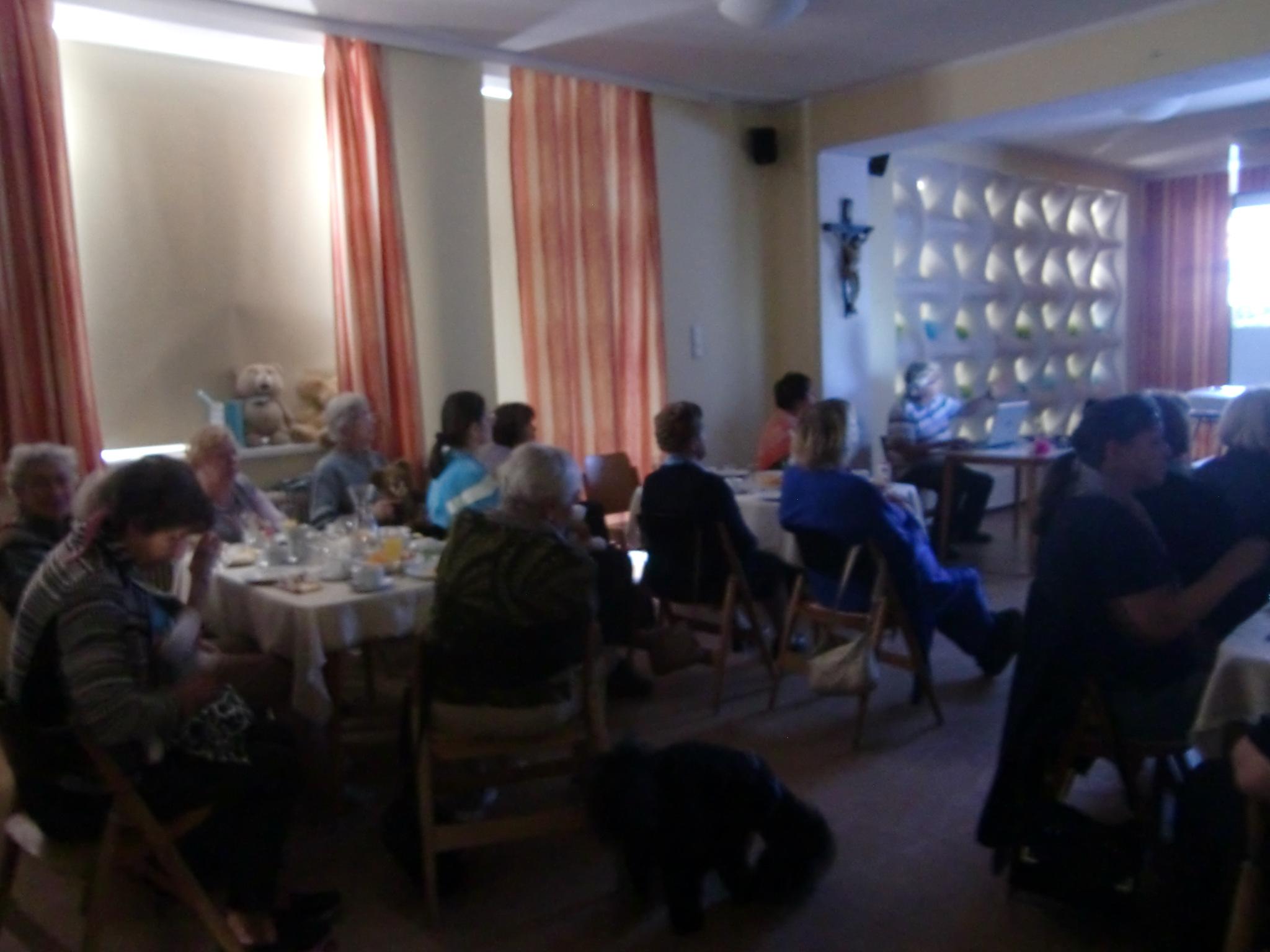 Buntes Treiben im Seniorenclub
