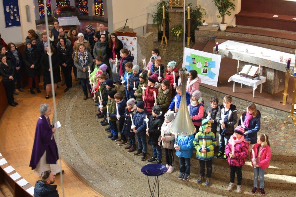 ElternKind – Nachmittag zur Tauferneuerung der Erstkommunionkinder