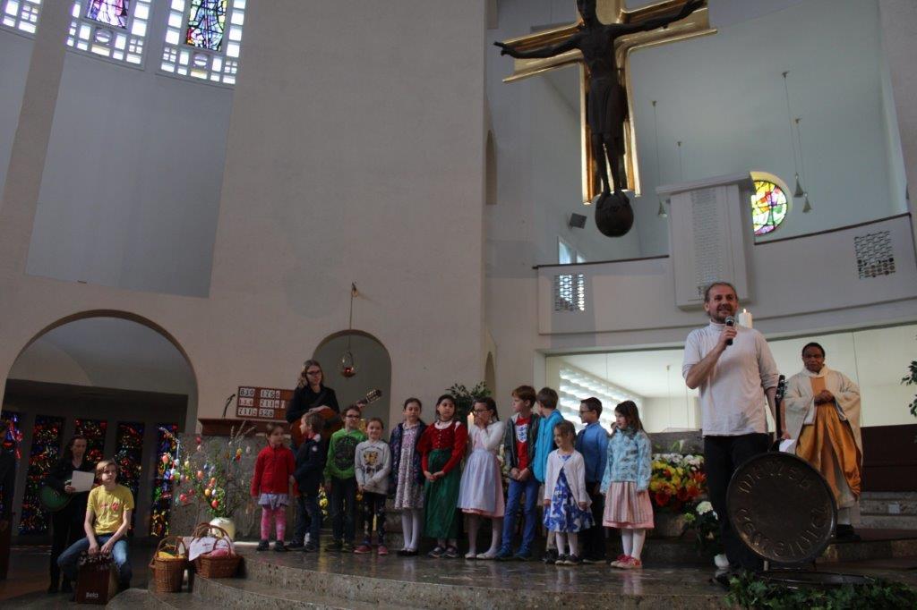 Ostersonntag mit Kinderwortgottesdienst und Auferstehungslied