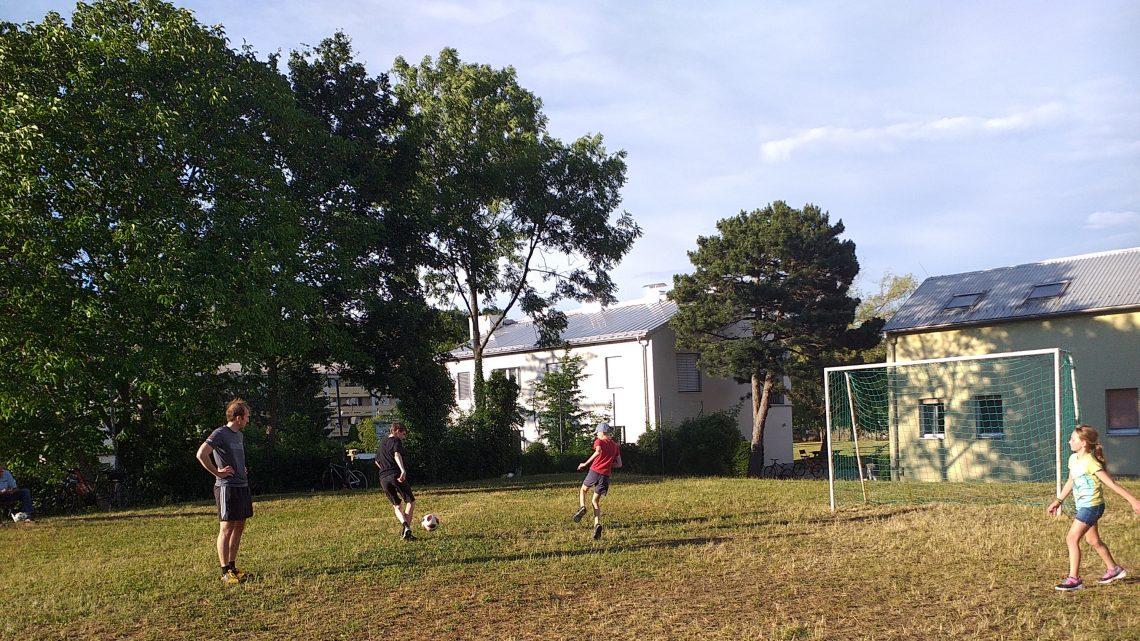 Fussball für klein und groß!