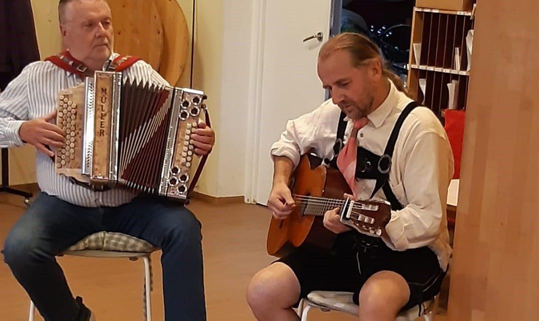 Oktoberfest im Seniorenclub mit Musik und Tanz
